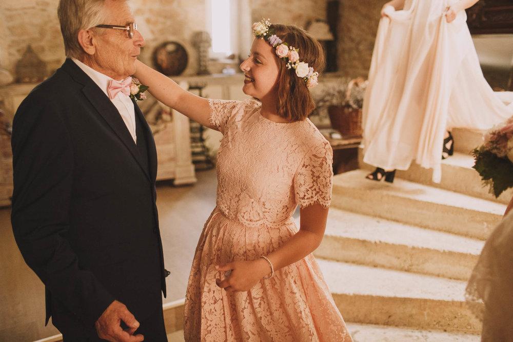 France-wedding-photographer-jeremy-boyer-dordogne-aquitaine-perigord-ceremonie-laique-26.jpg