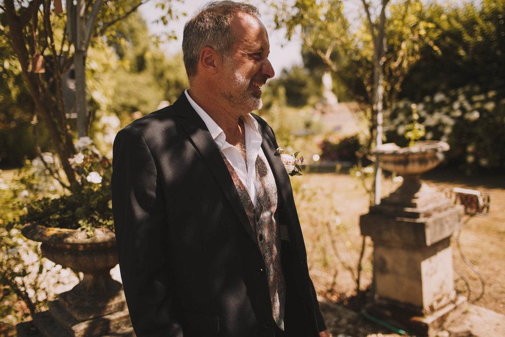 France-wedding-photographer-jeremy-boyer-dordogne-aquitaine-perigord-ceremonie-laique-33.jpg