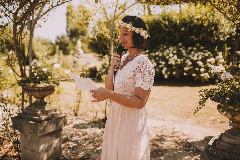 France-wedding-photographer-jeremy-boyer-dordogne-aquitaine-perigord-ceremonie-laique-38.jpg