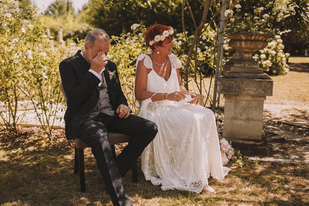 France-wedding-photographer-jeremy-boyer-dordogne-aquitaine-perigord-ceremonie-laique-48.jpg