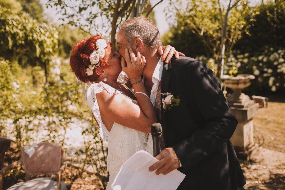 France-wedding-photographer-jeremy-boyer-dordogne-aquitaine-perigord-ceremonie-laique-53.jpg