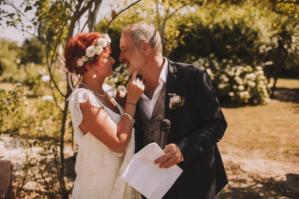 France-wedding-photographer-jeremy-boyer-dordogne-aquitaine-perigord-ceremonie-laique-54.jpg
