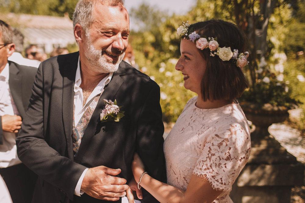 France-wedding-photographer-jeremy-boyer-dordogne-aquitaine-perigord-ceremonie-laique-59.jpg