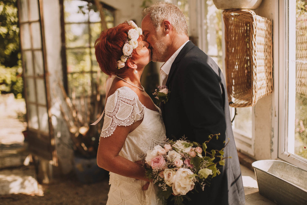 France-wedding-photographer-jeremy-boyer-dordogne-aquitaine-perigord-ceremonie-laique-74.jpg