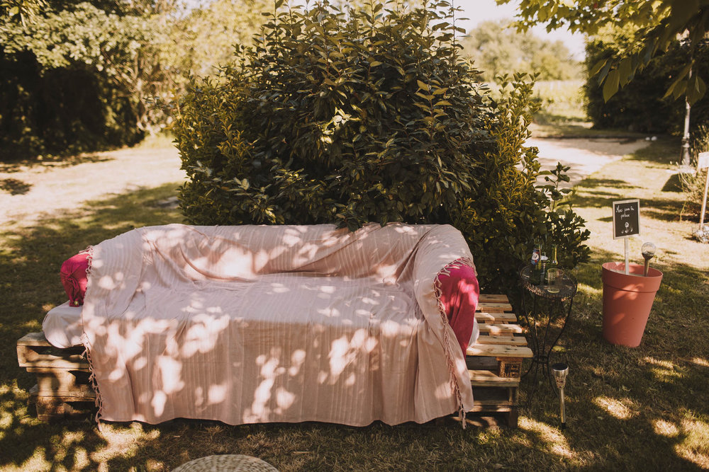 France-wedding-photographer-jeremy-boyer-dordogne-aquitaine-perigord-ceremonie-laique-75.jpg