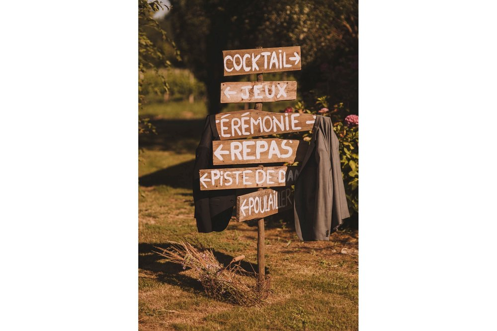 France-wedding-photographer-jeremy-boyer-dordogne-aquitaine-perigord-ceremonie-laique-77.jpg