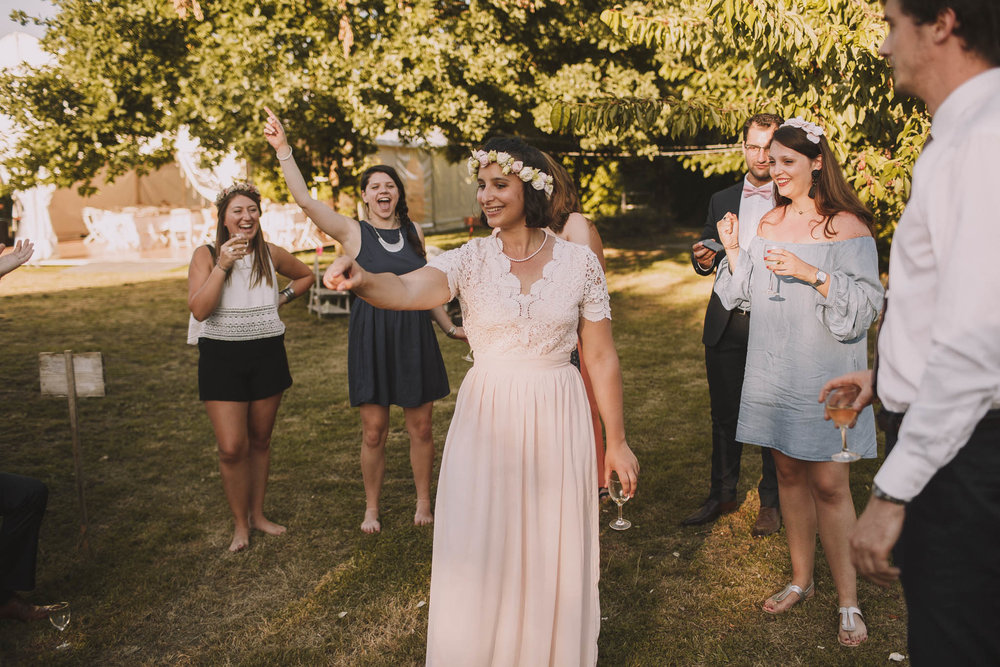 France-wedding-photographer-jeremy-boyer-dordogne-aquitaine-perigord-ceremonie-laique-79.jpg