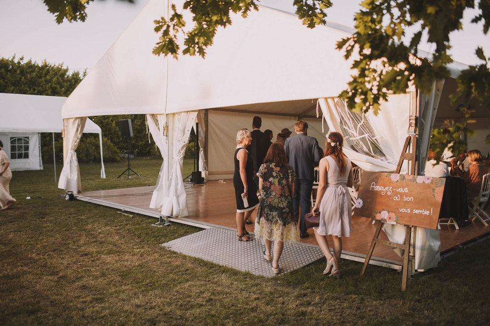 France-wedding-photographer-jeremy-boyer-dordogne-aquitaine-perigord-ceremonie-laique-92.jpg