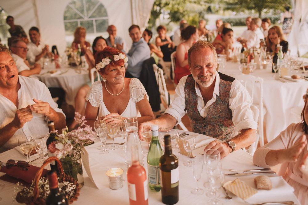 France-wedding-photographer-jeremy-boyer-dordogne-aquitaine-perigord-ceremonie-laique-96.jpg