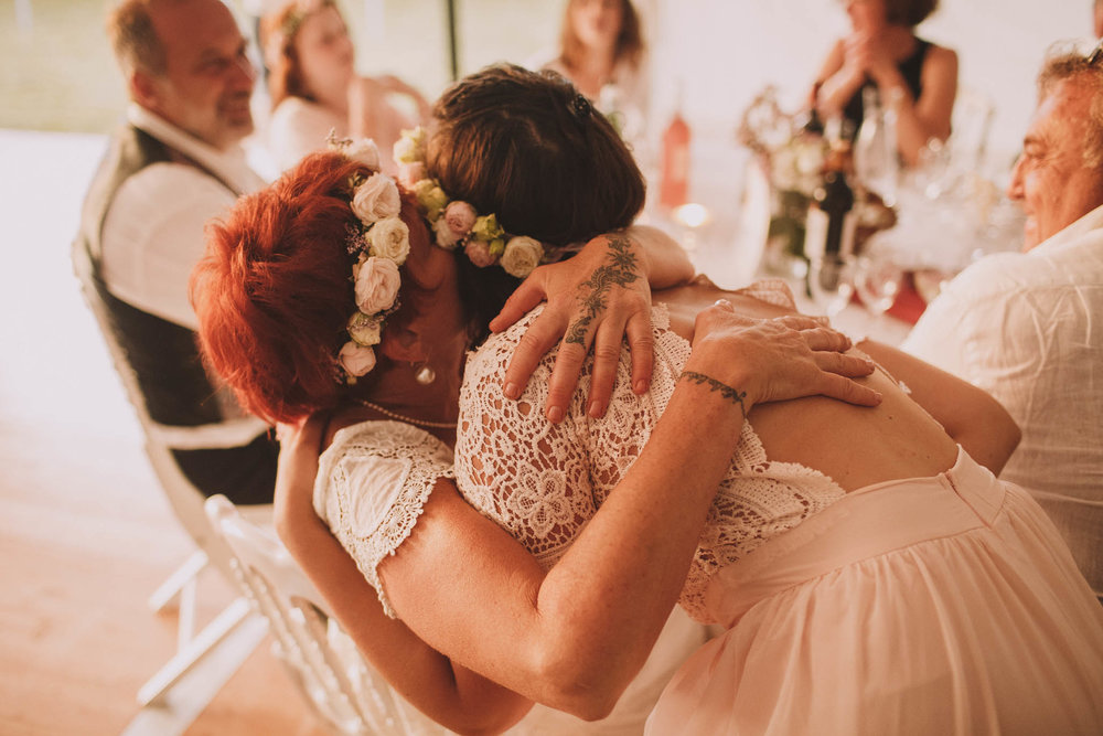 France-wedding-photographer-jeremy-boyer-dordogne-aquitaine-perigord-ceremonie-laique-98.jpg