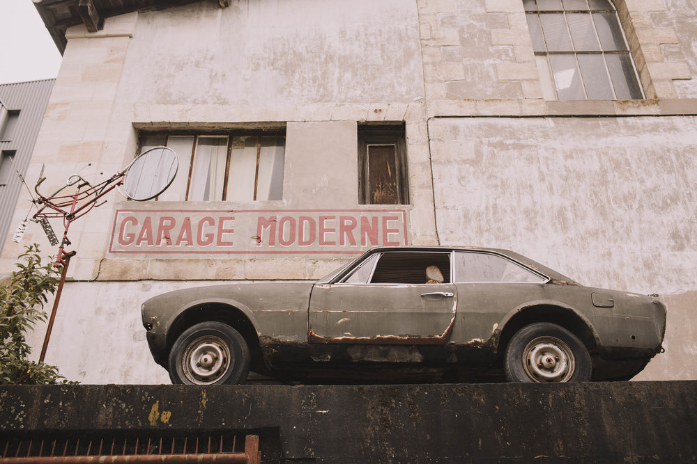 photographe-mariage-bordeaux-industriel-industrial-wedding-garage-moderne-france-jeremy-boyer-1.jpg