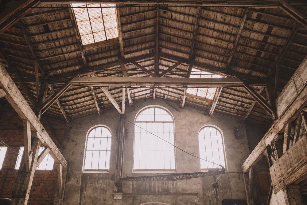 photographe-mariage-bordeaux-industriel-industrial-wedding-garage-moderne-france-jeremy-boyer-2.jpg