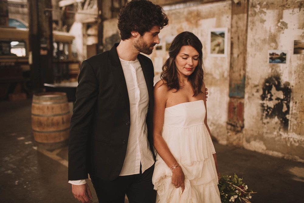photographe-mariage-bordeaux-industriel-industrial-wedding-garage-moderne-france-jeremy-boyer-51.jpg