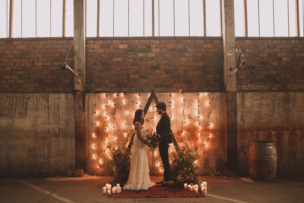 photographe-mariage-bordeaux-industriel-industrial-wedding-garage-moderne-france-jeremy-boyer-54.jpg