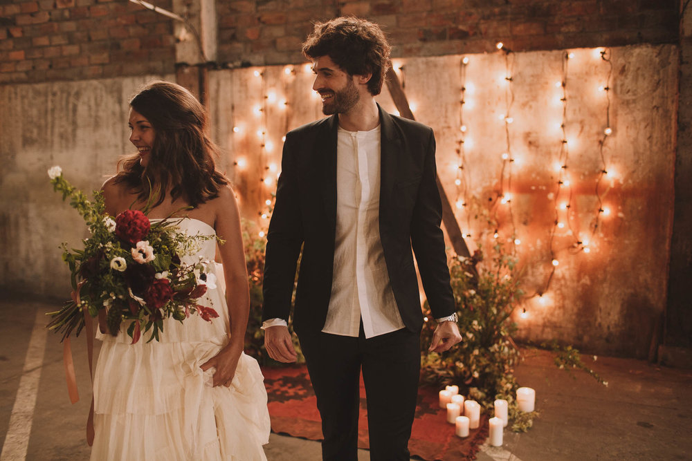 photographe-mariage-bordeaux-industriel-industrial-wedding-garage-moderne-france-jeremy-boyer-79.jpg