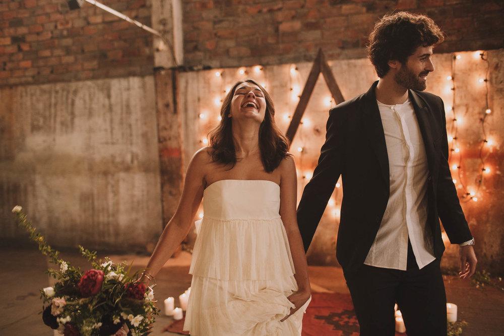 photographe-mariage-bordeaux-industriel-industrial-wedding-garage-moderne-france-jeremy-boyer-81.jpg
