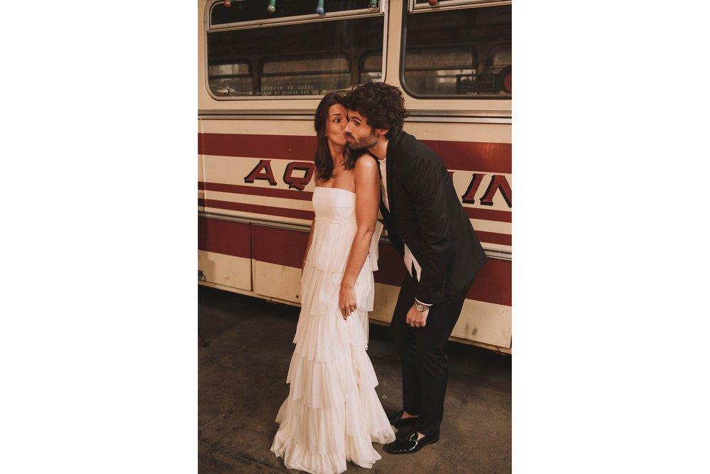 photographe-mariage-bordeaux-industriel-industrial-wedding-garage-moderne-france-jeremy-boyer-96.jpg