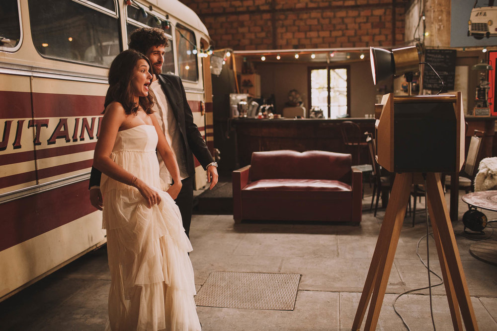 photographe-mariage-bordeaux-industriel-industrial-wedding-garage-moderne-france-jeremy-boyer-98.jpg