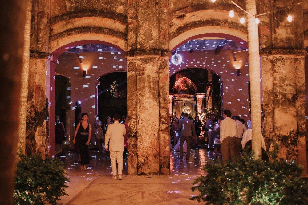 destination-wedding-photographer-mexico-merida-yucatan-photographe-mariage-bordeaux-jeremy-boyer-154.jpg