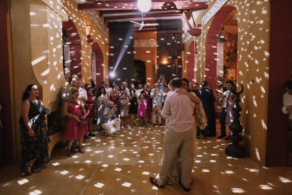 destination-wedding-photographer-mexico-merida-yucatan-photographe-mariage-bordeaux-jeremy-boyer-157.jpg