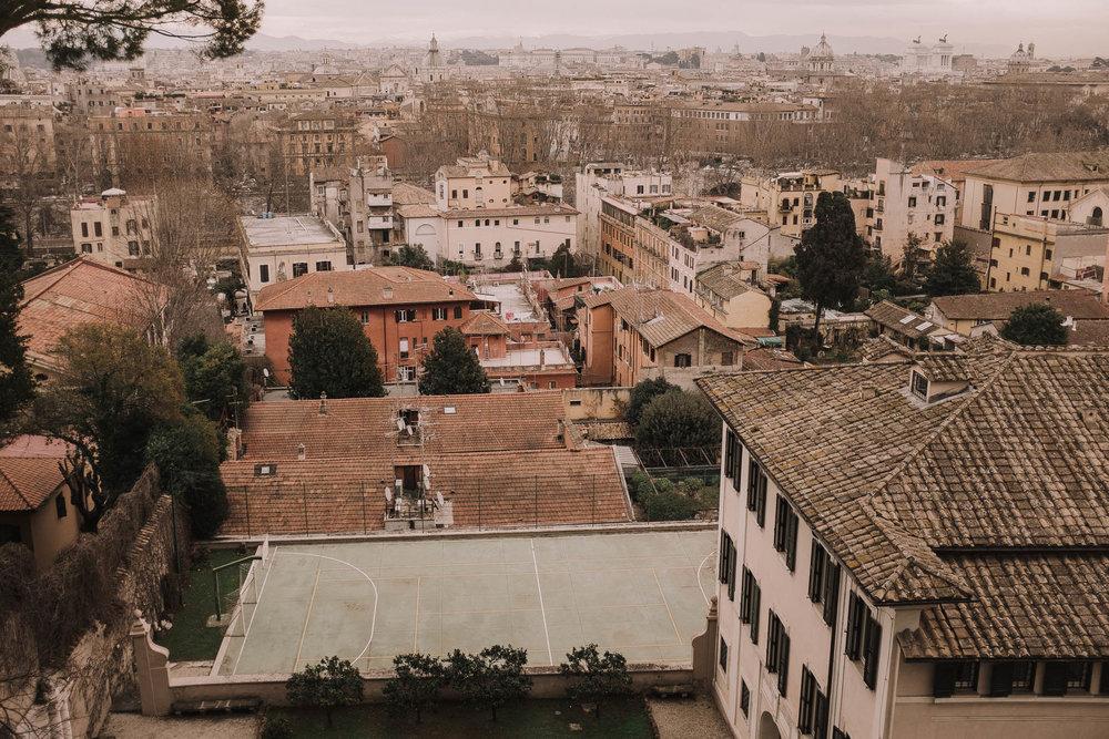 Roma-italia-wedding-photographer-jeremy-boyer-destination-couple-engagement-session-amalfi-positano-1-2.jpg