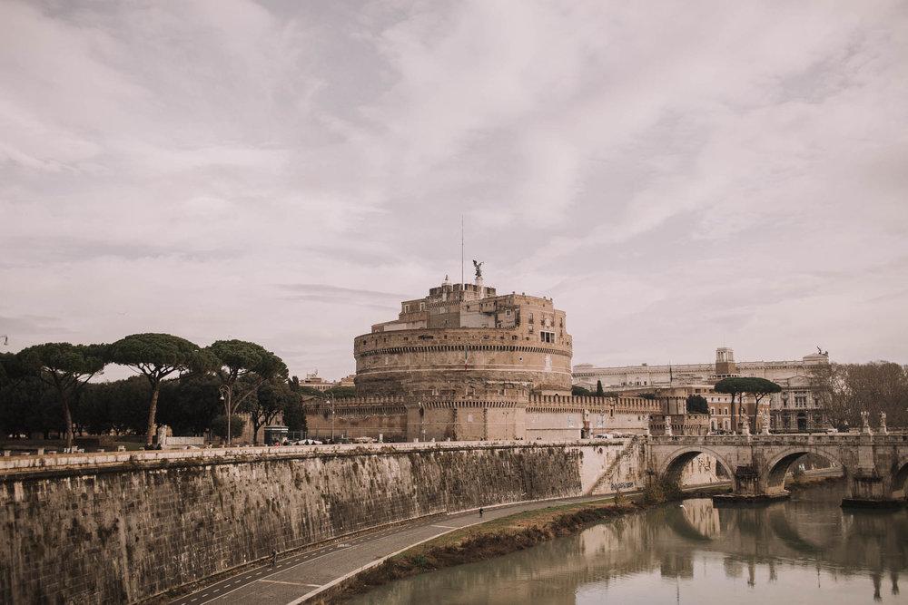 Roma-italia-wedding-photographer-jeremy-boyer-destination-couple-engagement-session-amalfi-positano-1-13.jpg