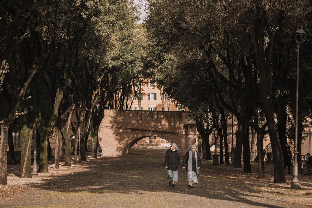 Roma-italia-wedding-photographer-jeremy-boyer-destination-couple-engagement-session-amalfi-positano-1-15.jpg