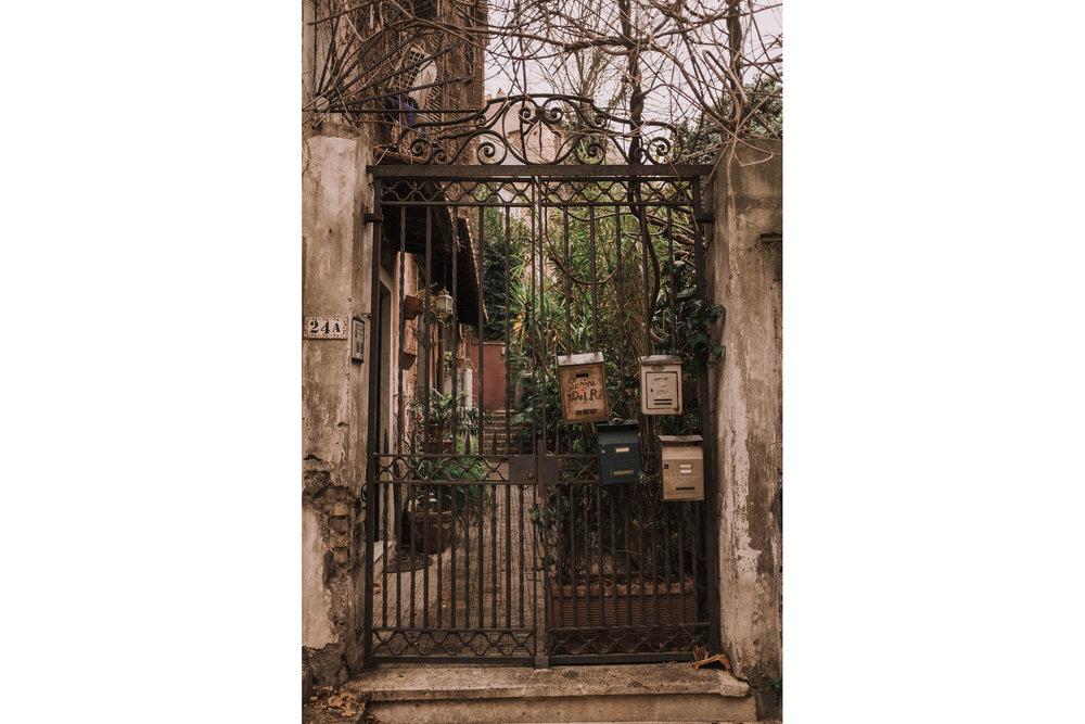 Roma-italia-wedding-photographer-jeremy-boyer-destination-couple-engagement-session-amalfi-positano-1-12.jpg
