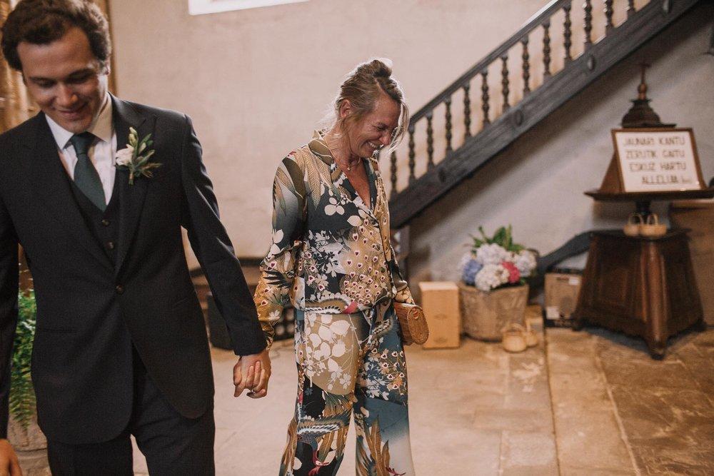 Photographe-mariage-bordeaux-jeremy-boyer-pays-basque-ihartze-artea-sare-robe-eleonore-pauc-couple-amour-64.jpg
