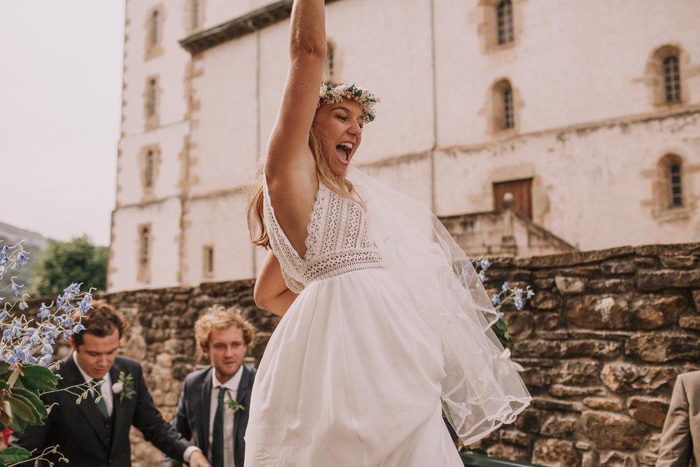 Photographe-mariage-bordeaux-jeremy-boyer-pays-basque-ihartze-artea-sare-robe-eleonore-pauc-couple-amour-88.jpg
