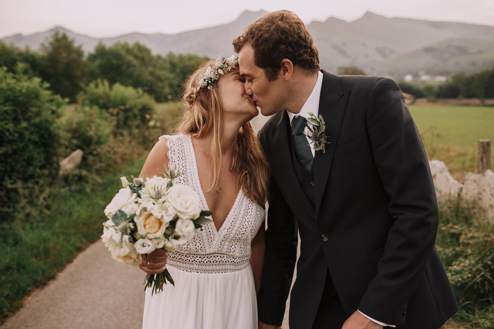 Photographe-mariage-bordeaux-jeremy-boyer-pays-basque-ihartze-artea-sare-robe-eleonore-pauc-couple-amour-127.jpg