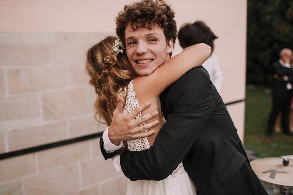 Photographe-mariage-bordeaux-jeremy-boyer-pays-basque-ihartze-artea-sare-robe-eleonore-pauc-couple-amour-156.jpg