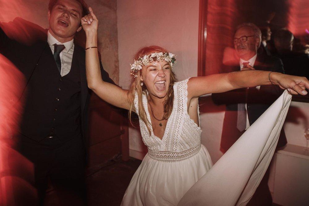 Photographe-mariage-bordeaux-jeremy-boyer-pays-basque-ihartze-artea-sare-robe-eleonore-pauc-couple-amour-183.jpg