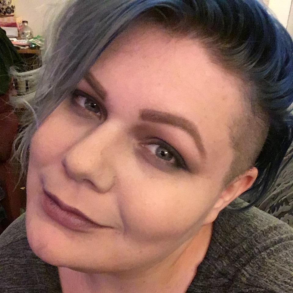 Jess Kuhns<br>dresser, makeup artist,<br>on deck wigs, actor, director<br><br>Los Angeles/Orange County