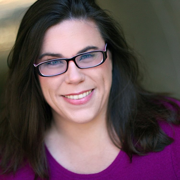 Gretchen Reinhagen<br>Singer/Comedienne/Actor/<br>Teacher/Director<br><br>NYC