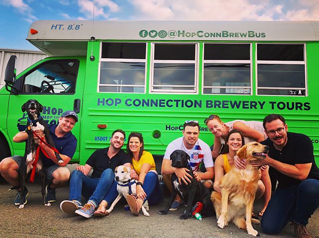 Who let the dogs out? #BowWowBus #ctbeertrail #hopconn