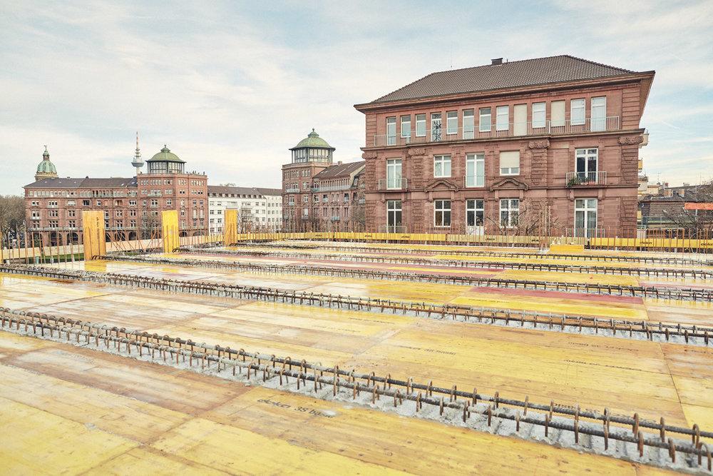Dach mit Blick zum Friedrichsplatz  2015–12–22