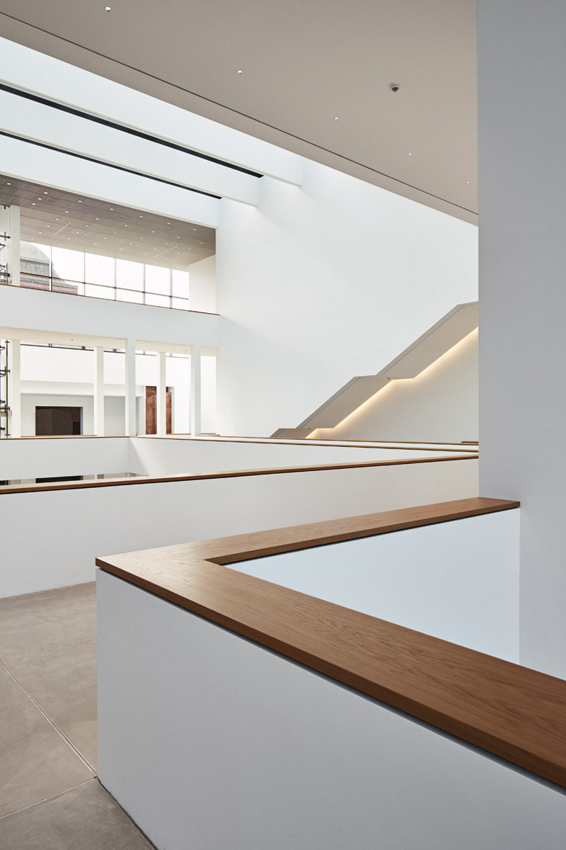 Blick ins Atrium, Ebene 1  2017–09–22