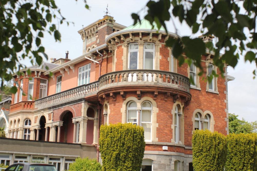 St Michaels College , Ballsbridge, Dublin, Private, prestigious, Day school with homestay programme