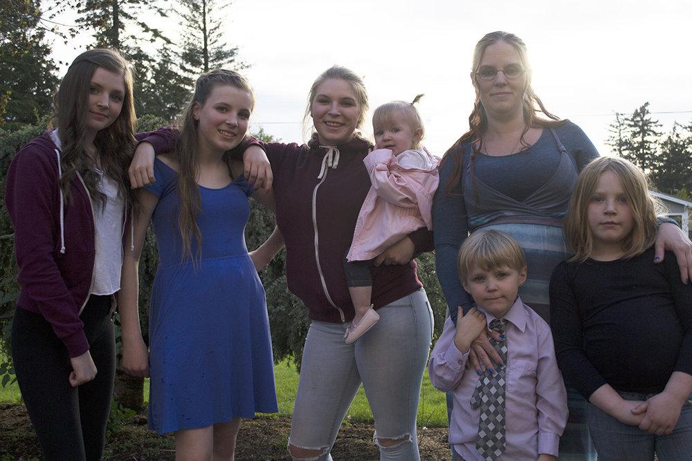 Tiffany's family_FB