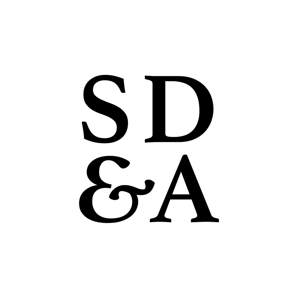 Springmount_logo_STAMP_WHITE.png