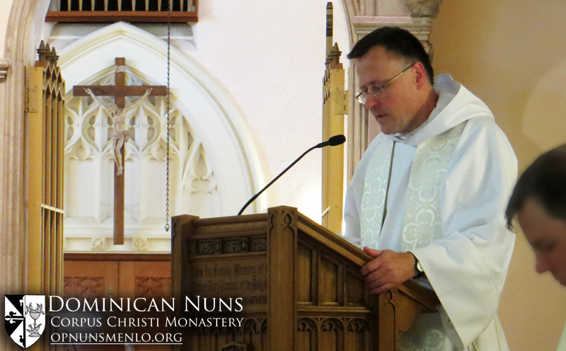 Father Anselm Ramelow, O.P. preaching the homily for Father Thomas Aquinas' Mass of Thanksgiving.