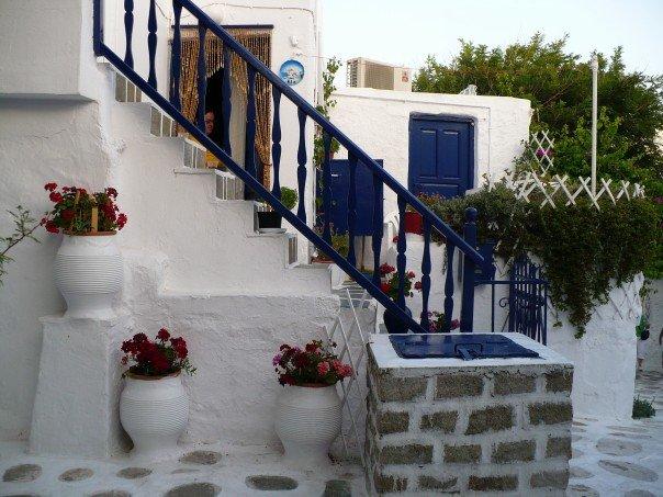 Greece_house.jpg