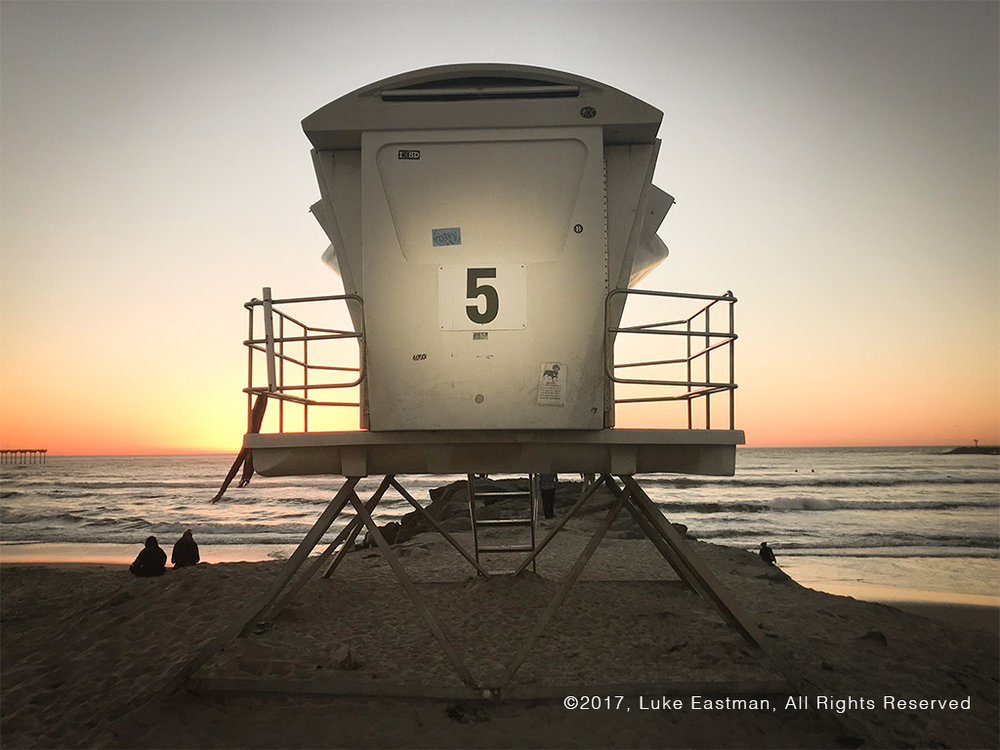 lifeguard-tower-san-diego-beach-number-5