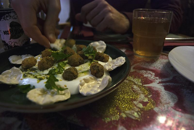 Azeitonas panadas com iogurte grego