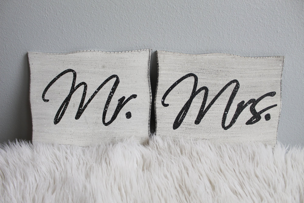 Mr. & Mrs. Signs - $8.00
