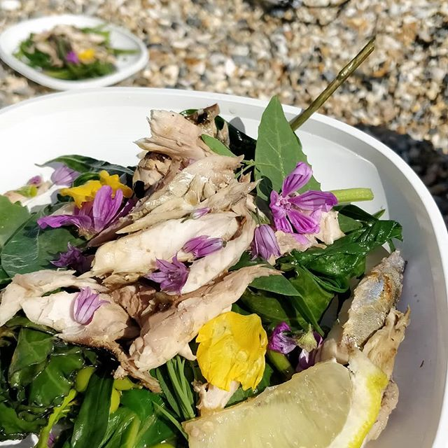 Mackerel with Sea Vegetables