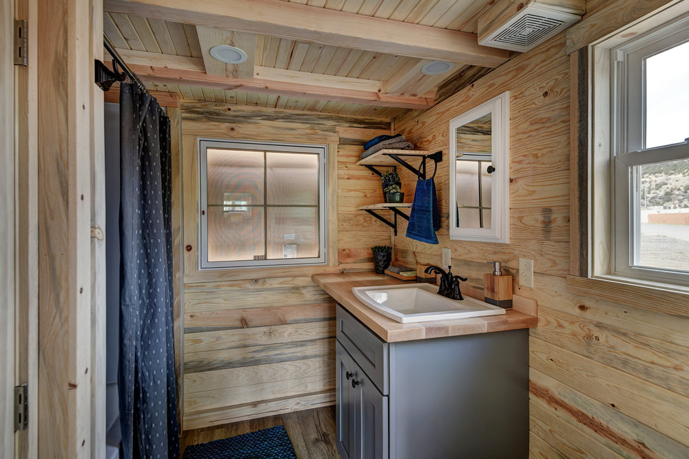 Cypress_interior_bathroom.jpg