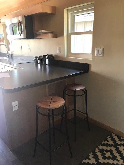 Solaire_interior_kitchen.jpg