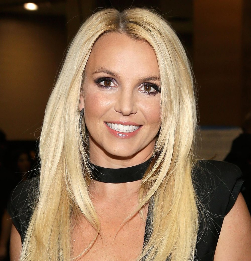 Britney-Spears-Net-Worth-e1490035009509.jpg